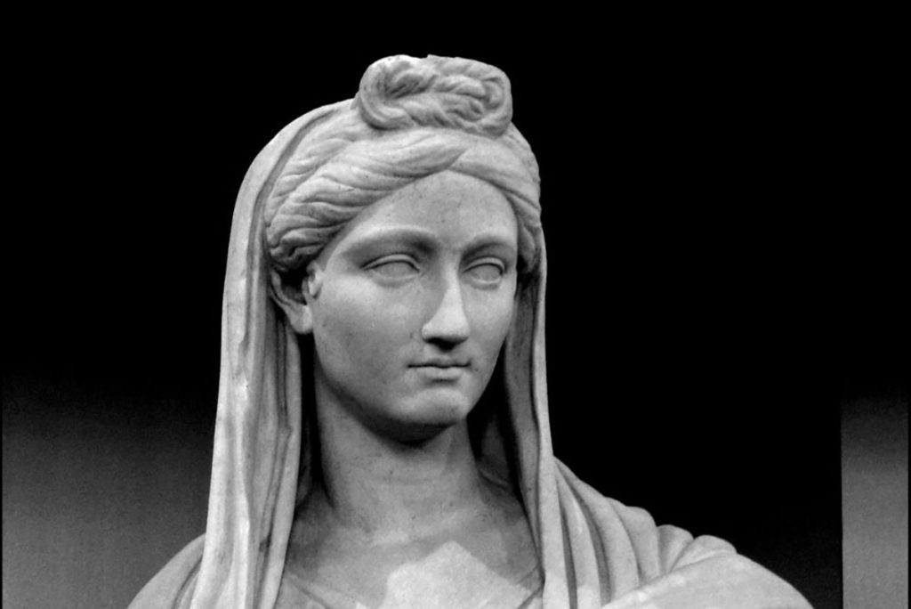 Estatua de Cornelia Cinna Minor.